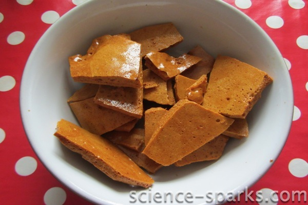 The Science of honeycomb, science sparks