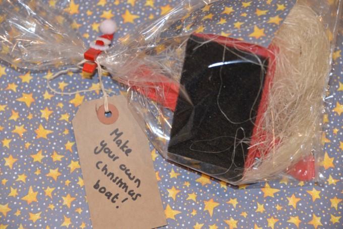 Mini Christmas Science Kit