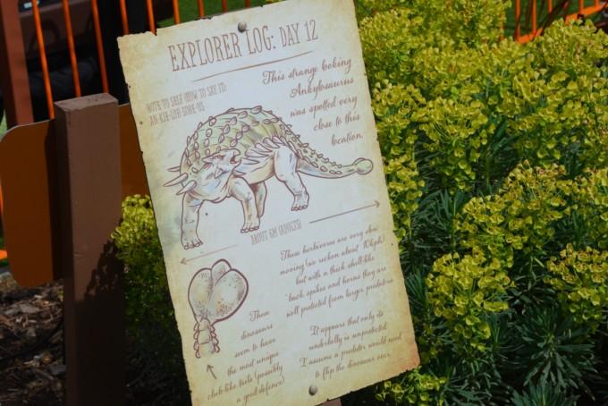 dinosuars paultons park