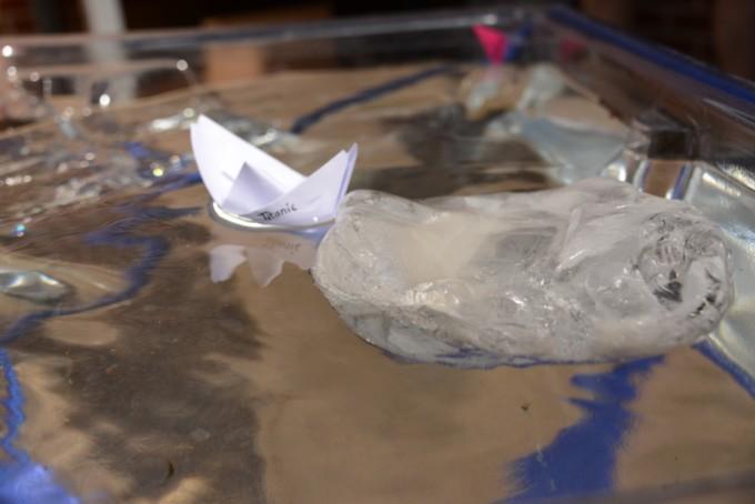 Titanic Science - Make an iceberg