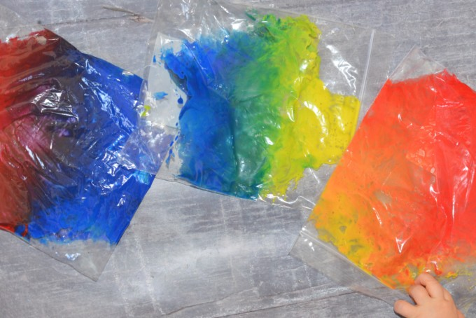 colour mixing bags