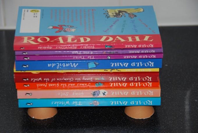 egg shell balancing books