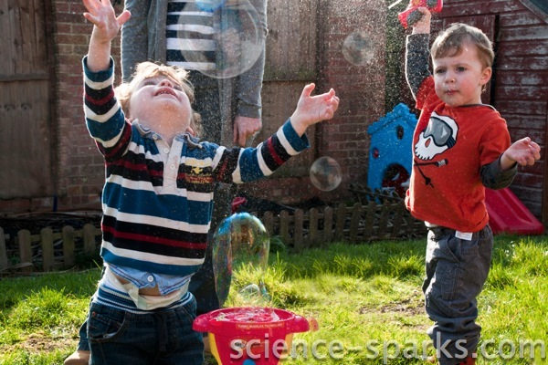 Bubble Fun 1! Science Sparks