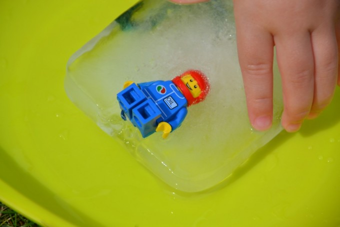 Ice Play for little ones - ice exacvation