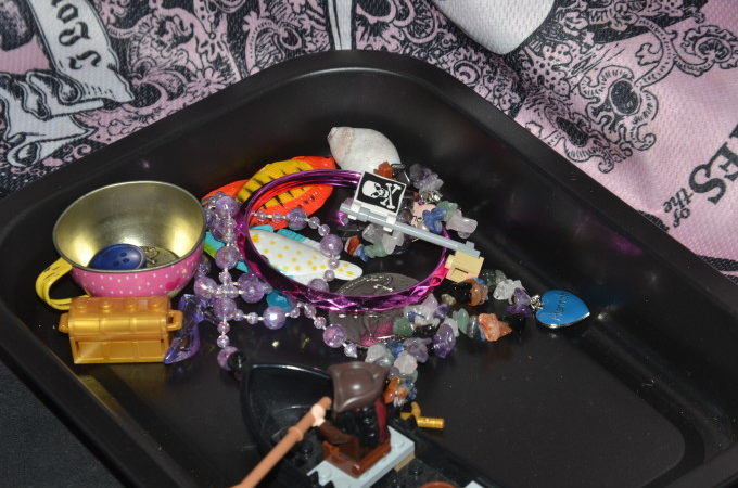 pirate sink or float
