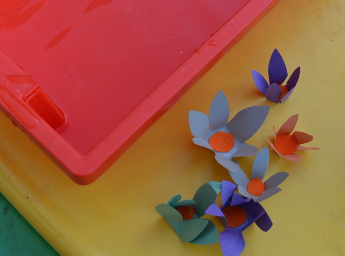 Easy capillary action experiment