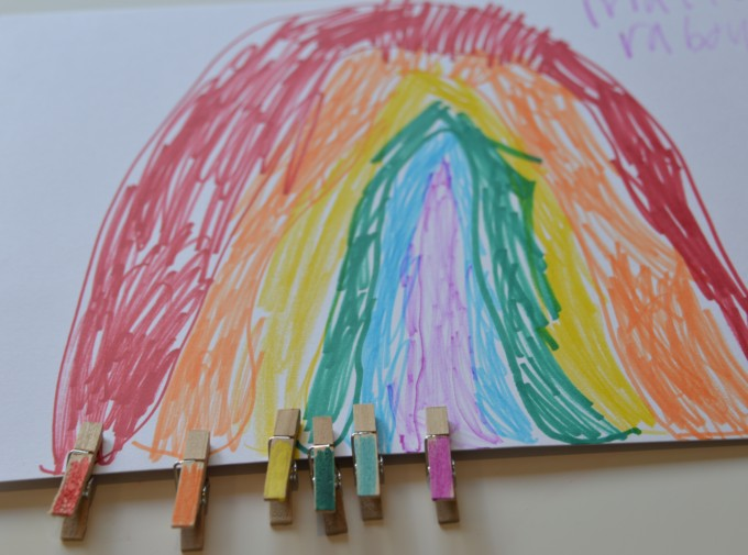 Easy rainbow activity for preschoolers