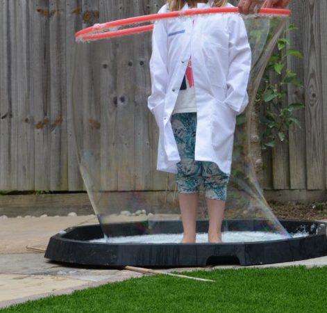 giant bubble wand - science for kids
