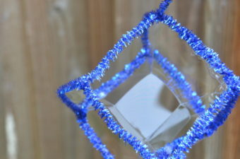 Square bubble - make a frame for a square bubble - easy science for kids