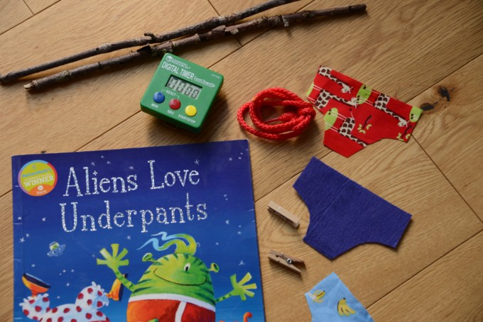 Aliens LOVE Underpants activity - science for kids