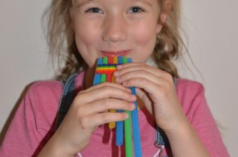 How to make a straw Flute