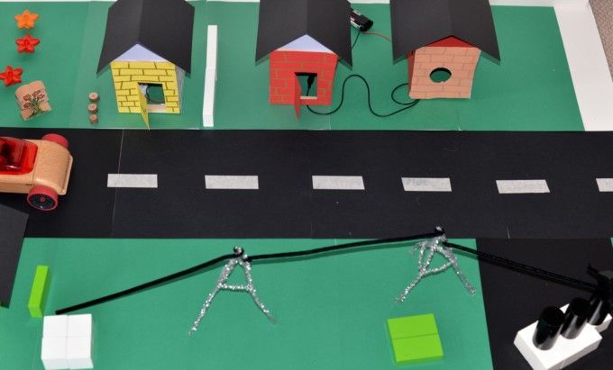 model street - electricity experiment for Key Stage 2 Science
