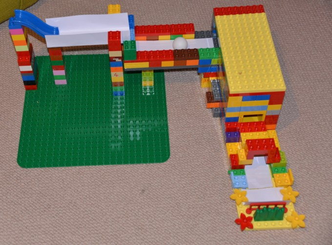 DUPLO Ideas - DUPLO Ball run