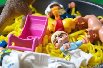 DUPLO Messy play