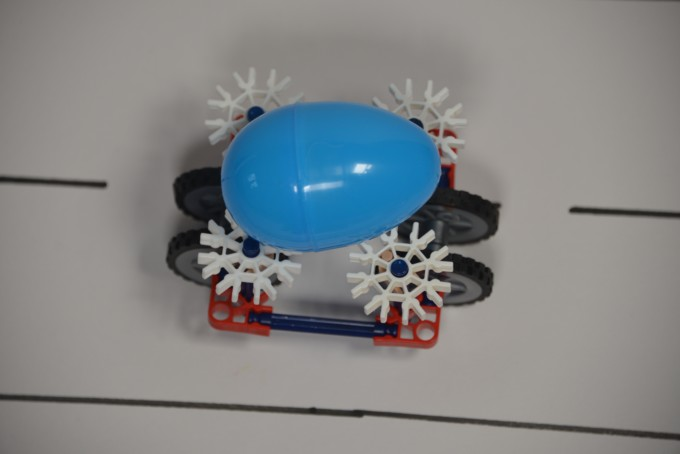Easter magnet cars