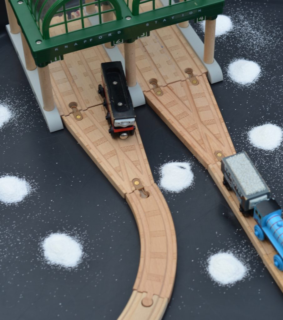 Thomas the TTank Engine Insta Snow Scene
