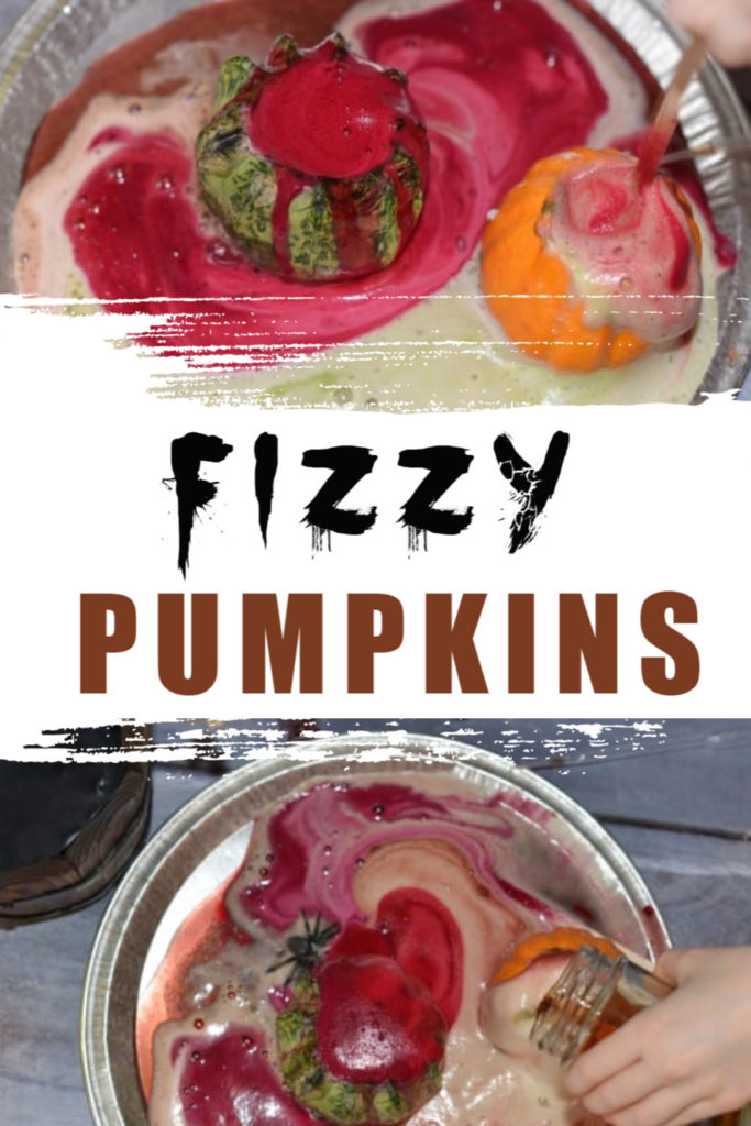 Easy fizzy pumpkin activity for Halloween - Halloween Science Experiment for kids  #HalloweenScience #pumpkinscience #scienceforkids