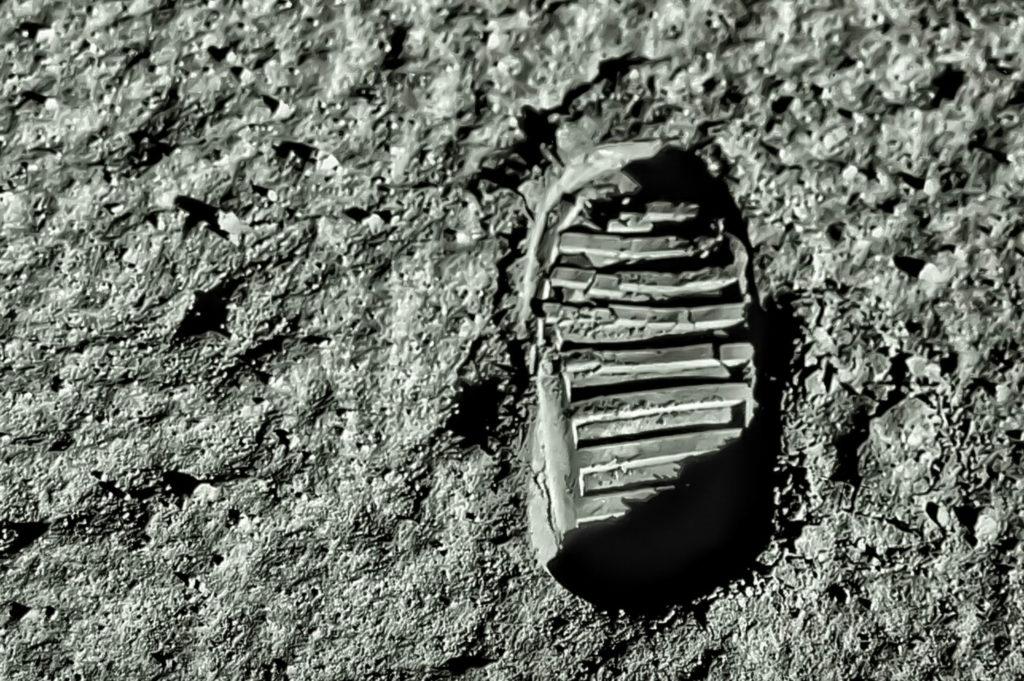 Buzz Aldrins footprint on the moon