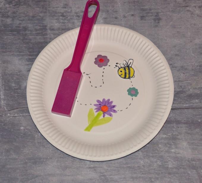 Fun butterfly magnet maze for kids :)