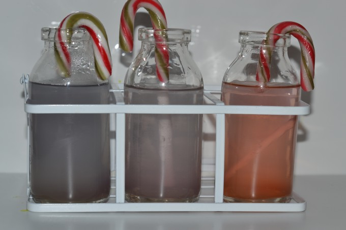 Cane canes dissolving in vinegar and hot and cold water