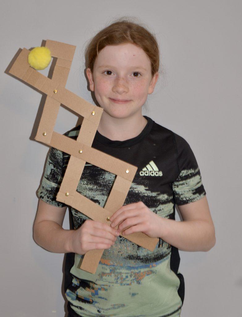 Homemade articulated grabber made from cardboard