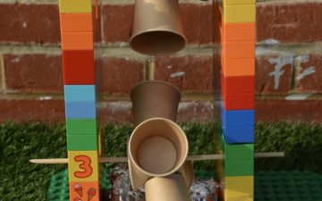 DIY water wheek made with dUPLO, a great school sTEM project or challenge
